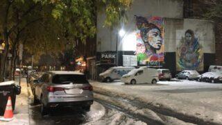 グラフィーと初雪が降ったニューヨーク