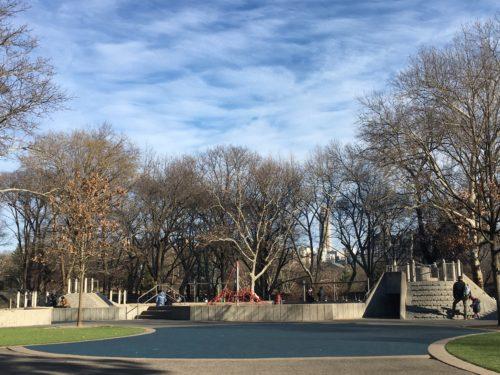 セントラルパークのヘックシャープレイグラウンドの写真